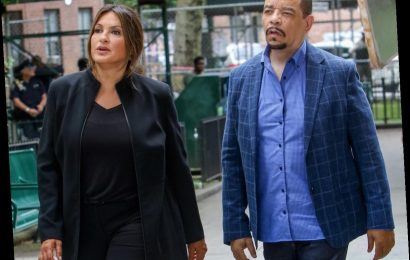 'Law & Order: SVU' Showrunner Says First Episodes of Season 22 Will Deal With the Country's Current 'Challenges'