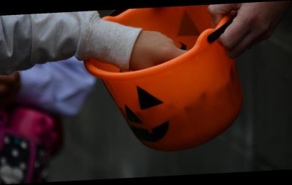 Los Angeles County warns against trick-or-treating this Halloween due to coronavirus