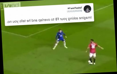 Moment Man Utd star Luke Shaw ignores Bruno Fernandes' instructions in Chelsea clash sparking fury from fans