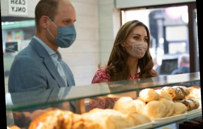 Did Duchess Kate truly bake these British Legion poppy cupcakes?  An investigation.