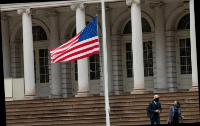 It's time for Gov. Cuomo to raise spirits by raising the American flag