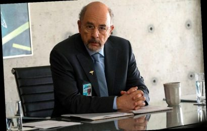 'The Good Doctor' Star Richard Schiff Reveals Positive COVID-19 Test; Series Production Not Impacted