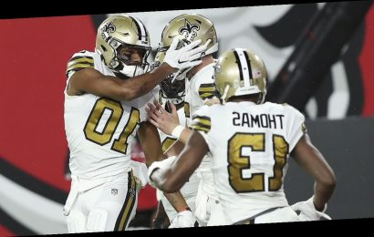 Saints embarrass Buccaneers on the road, sit on top of NFC South