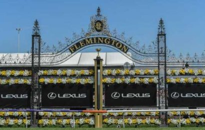 Live: 2020 Melbourne Cup at Flemington – Pure disgust over controversial Cup call