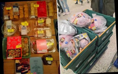Thrifty shoppers show off MASSIVE food hauls after hitting the supermarkets on Christmas Eve for £6 turkeys & FREE veg
