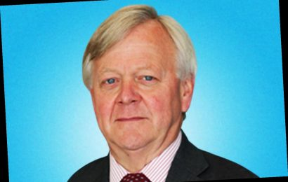 Chairman of NHS mental health trust facing calls to resign after using the phrase 'basket cases'