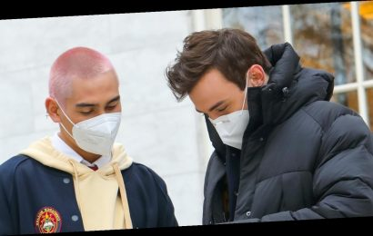'Gossip Girl' Cast Stays Warm & Masked Up In Between Takes On Set
