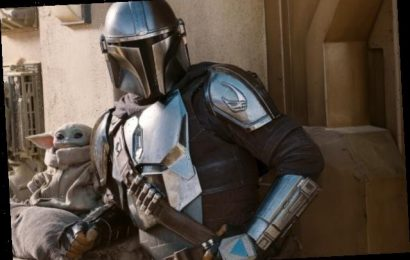 'Mandalorian' Fans Lose Their Minds After Boba Fett Finally Showed Up