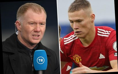 Paul Scholes rips Man Utd star McTominay for 'taking social distancing too literally' in build-up to Leicester goal