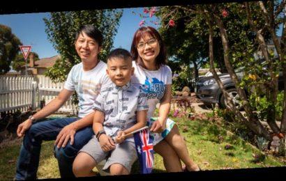 'Pure Aussie': Citizenship dream for 12,000 Australia Day pledges
