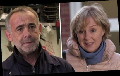 Coronation Street spoilers: Sally Metcalfe and Kevin reunite as fans spot affair clue
