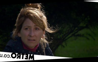 Spoilers: Alcoholic Laurel relapses and hits the bottle in Emmerdale