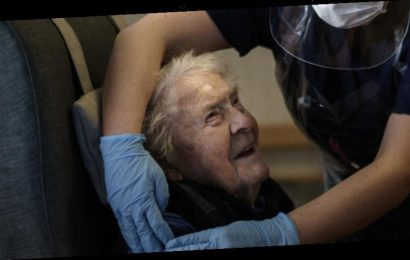 Race against the clock in federal plan to deliver jabs in aged care homes