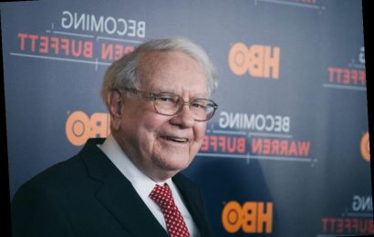 Warren Buffett's Diet Involves 5 Coca-Colas and Ice Cream — 'I Eat Like a 6-Year-Old'