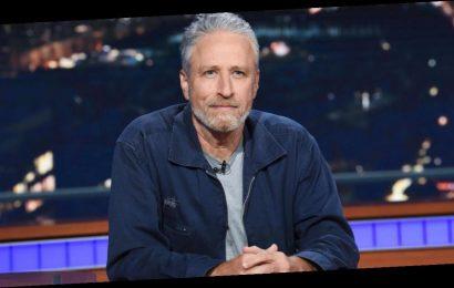 Jon Stewart speaks out on Reddit-GameStop frenzy in first-ever tweet