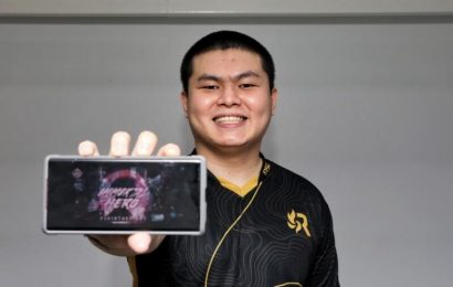 E-sports: From insurance agent to full-time live streamer, Singapore gamer eyes spot in M2 World C'ship grand final