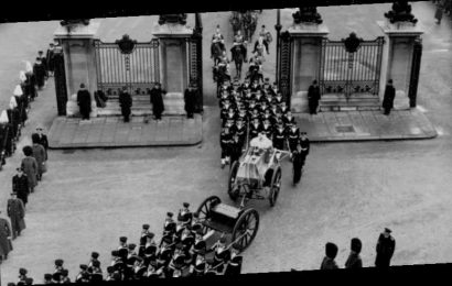 From the Archives, 1952: Nation stops in solemn memorial for King George VI