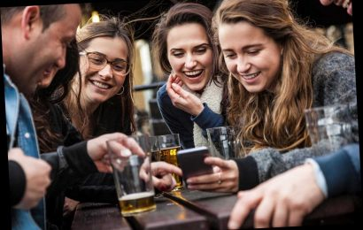 The apps you need to book tables at pubs and restaurants when they reopen