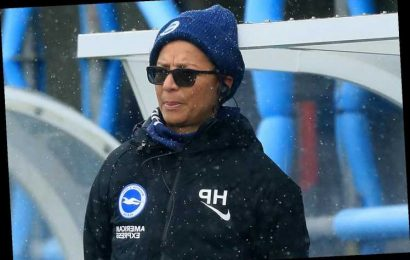 """Brighton boss Hope Powell under no """"foregone conclusions"""" ahead of West Ham clash despite ending Chelsea's record run"""
