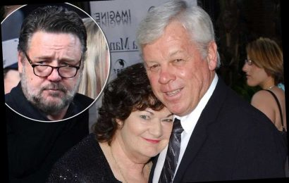 Russell Crowe mourns the death of his father, John Alexander Crowe