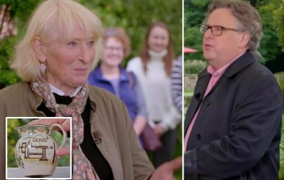 Antiques Roadshow guest snaps at presenter after sly dig at her history knowledge