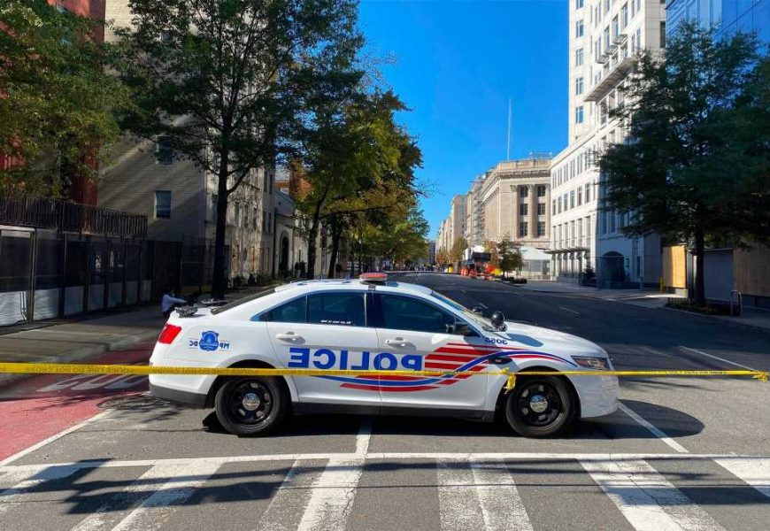 DC cops wreck their police vehicles while drag racing on duty: report