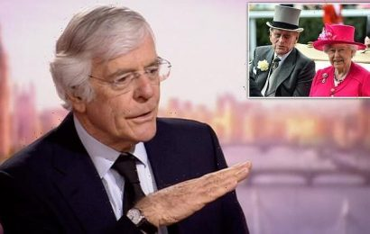 John Major says the Queen must be given 'time and space' to grieve