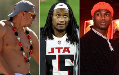 NFL stars converge on the Bahamas to soak up the sun