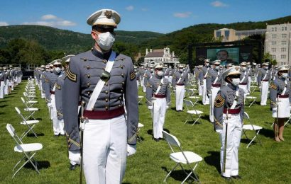 West Point expels eight cadets, holds back 53 others for cheating