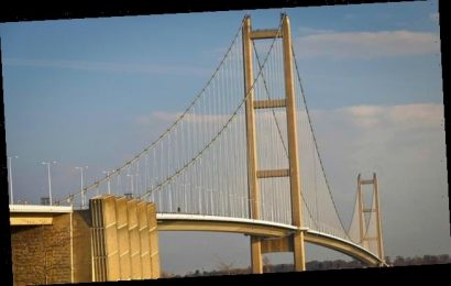 Humber Bridge footpaths are closed after six suicides in month