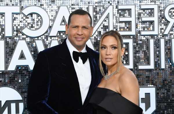 Alex Rodriguez's Reported Reaction To Jennifer Lopez & Ben Affleck's Vacation Was Sad
