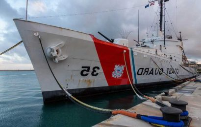 At least 2 killed, 10 missing after boat capsizes near Key West: Coast Guard