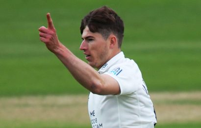 County Championship: Surrey collapse against Middlesex after Rory Burns excels in century opening stand