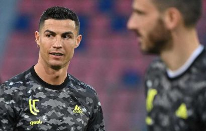Cristiano Ronaldo to hold urgent talks with Juventus over transfer future in next few weeks after tough season