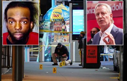 De Blasio calls for gun control after Times Square shooting causes tourism concern