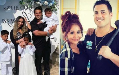 Jersey Shore's Nicole 'Snooki' Polizzi poses in rare photo with husband Jionni LaValle & all three kids at church