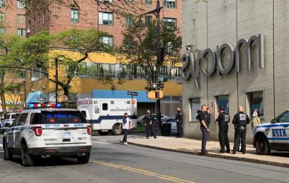 Knife-wielding man shot by security guards at Bronx Macy's