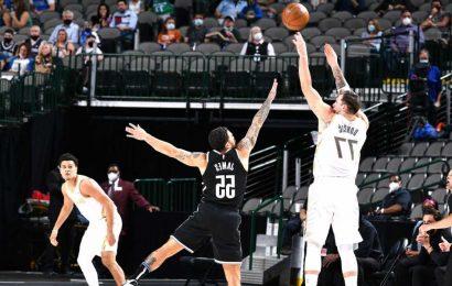 Reeling Nets struggle late again in loss to Mavericks