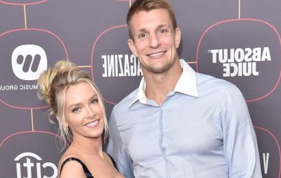 SI Swimsuit model Camille Kostek says being 'separated' from Rob Gronkowski keeps things 'hot and heavy'