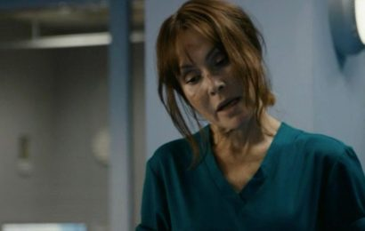 Casualty wins BAFTA TV Award for Best Soap, beating Corrie and EastEnders