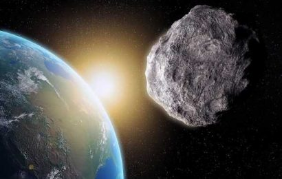 Alert as monster asteroid the size of the Great Pyramid of Giza is hurtling towards Earth & will have close call TODAY