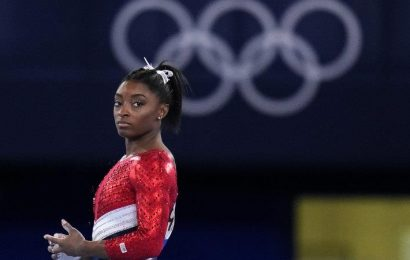 Biles pulls out of Olympic vault, uneven bars finals