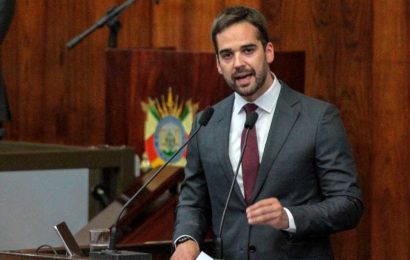 Brazilian candidate comes out as gay in race against 'proud' homophobe Bolsonaro