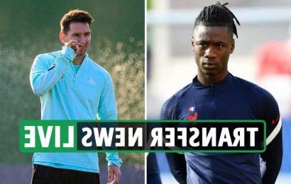 Chelsea enter Camavinga race, Messi contract LATEST, Tottenham 'battle Barcelona for Insigne' – transfer news live