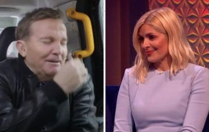 Holly Willoughby mortified after prank call by Bradley Walsh's 'mum'