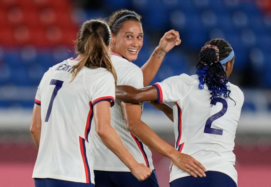 Rapinoe converts and U.S. gets past Netherlands on penalties