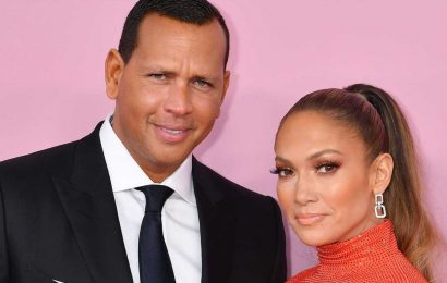 """Jennifer Lopez Is """"Washing Her Hands"""" of Alex Rodriguez and Is """"Done Dealing"""" with Him"""