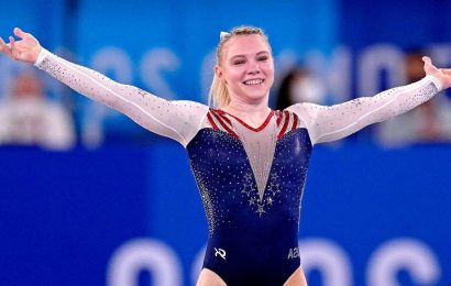 Olympic gymnastics live updates: Jade Carey wins gold, and Simone Biles will be back for beam