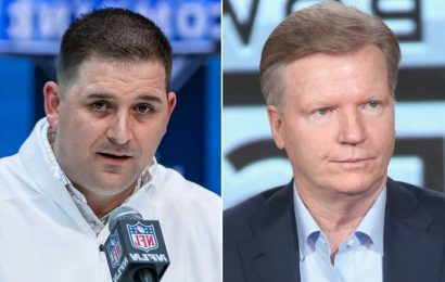 Phil Simms goes off on Joe Judge critics: 'Shut up, they're wrong'