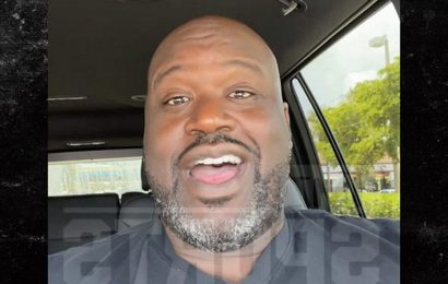 Shaquille O'Neal Makes Surprise Video For Fan At Bar Mitzvah